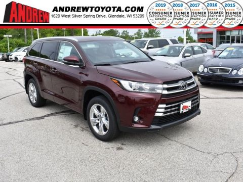 Stock #: 38058 Red 2019 Toyota Highlander Limited 4D Sport Utility in Milwaukee, Wisconsin 53209