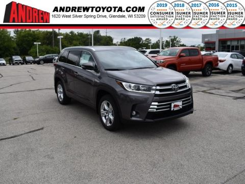 Stock #: 38539 Predawn Gray Mica 2019 Toyota Highlander Limited 4D Sport Utility in Milwaukee, Wisconsin 53209