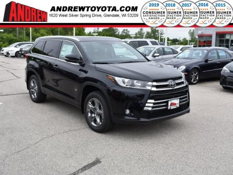 Stock #: 38047 Black 2019 Toyota Highlander Limited Platinum 4D Sport Utility in Milwaukee, Wisconsin 53209