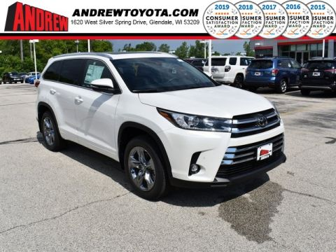 Stock #: 38090 White 2019 Toyota Highlander Limited Platinum 4D Sport Utility in Milwaukee, Wisconsin 53209