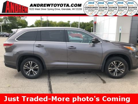 Stock #: TP1134 Gray 2016 Toyota Highlander XLE V6 4D Sport Utility in Milwaukee, Wisconsin 53209