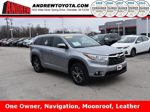 Stock #: 37558A Silver 2016 Toyota Highlander XLE V6 4D Sport Utility in Milwaukee, Wisconsin 53209