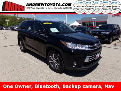 Stock #: 37512A Black 2017 Toyota Highlander XLE 4D Sport Utility in Milwaukee, Wisconsin 53209