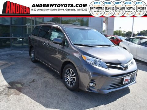 Stock #: 36935 Gray 2019 Toyota Sienna XLE 4D Passenger Van in Milwaukee, Wisconsin 53209