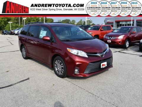 Stock #: 38567 Red 2020 Toyota Sienna XLE 4D Passenger Van in Milwaukee, Wisconsin 53209