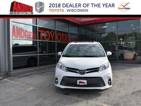 Stock #: 37037 White 2019 Toyota Sienna XLE 4D Passenger Van in Milwaukee, Wisconsin 53209