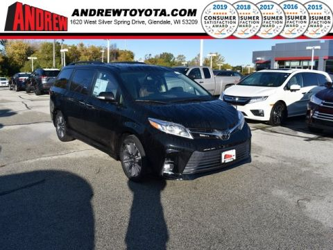 Stock #: 38759 Midnight Black Metallic 2020 Toyota Sienna Limited Premium 4D Passenger Van in Milwaukee, Wisconsin 53209