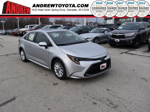 Stock #: 38996 Classic Silver Metallic 2020 Toyota Corolla XLE 4D Sedan in Milwaukee, Wisconsin 53209