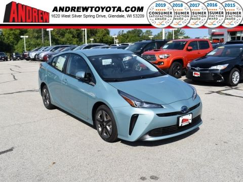 Stock #: 38598  2019 Toyota Prius XLE 5D Hatchback in Milwaukee, Wisconsin 53209