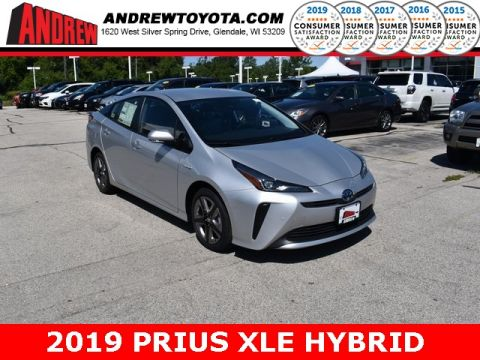 Stock #: 38150 Silver 2019 Toyota Prius XLE 5D Hatchback in Milwaukee, Wisconsin 53209