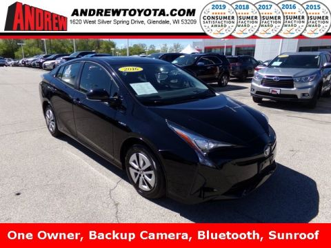 Stock #: TP9850 Black 2016 Toyota Prius Three 5D Hatchback in Milwaukee, Wisconsin 53209