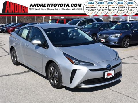 Stock #: 37718 Silver 2019 Toyota Prius XLE 5D Hatchback in Milwaukee, Wisconsin 53209
