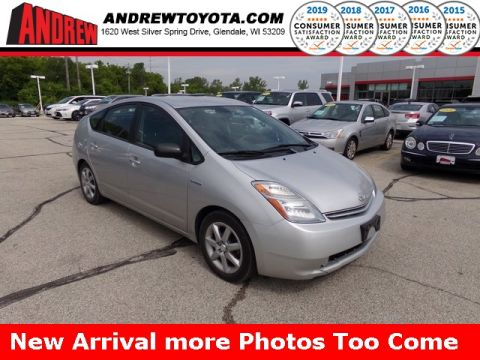 Stock #: 38176A Silver 2007 Toyota Prius Touring 4D Sedan in Milwaukee, Wisconsin 53209