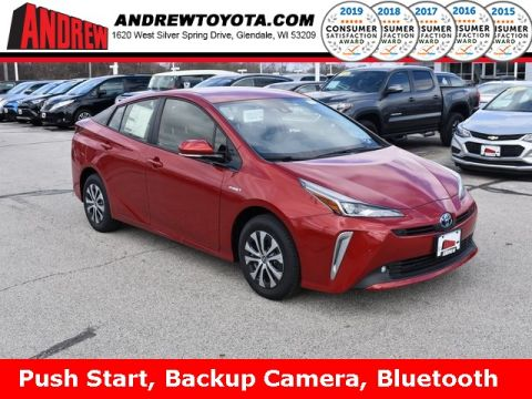 Stock #: 37758 Red 2019 Toyota Prius XLE 5D Hatchback in Milwaukee, Wisconsin 53209