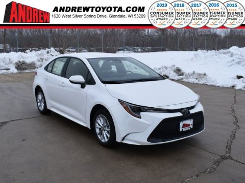 Stock #: 39141 Super White 2020 Toyota Corolla LE 4D Sedan in Milwaukee, Wisconsin 53209