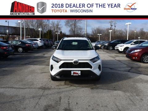 Stock #: 37452 White 2019 Toyota RAV4 LE 4D Sport Utility in Milwaukee, Wisconsin 53209