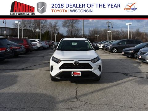 Stock #: 37370 White 2019 Toyota RAV4 LE 4D Sport Utility in Milwaukee, Wisconsin 53209