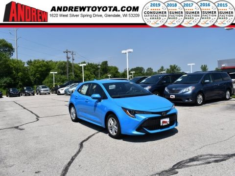 Stock #: 38217 Blue 2019 Toyota Corolla Hatchback SE 5D Hatchback in Milwaukee, Wisconsin 53209