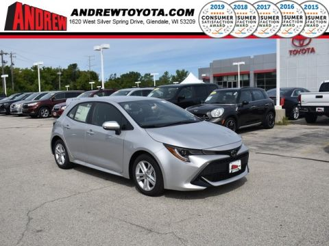 Stock #: 38524 Classic Silver Metallic 2019 Toyota Corolla Hatchback SE 5D Hatchback in Milwaukee, Wisconsin 53209
